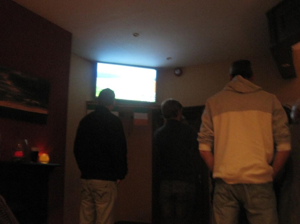 boys watching pics (2)