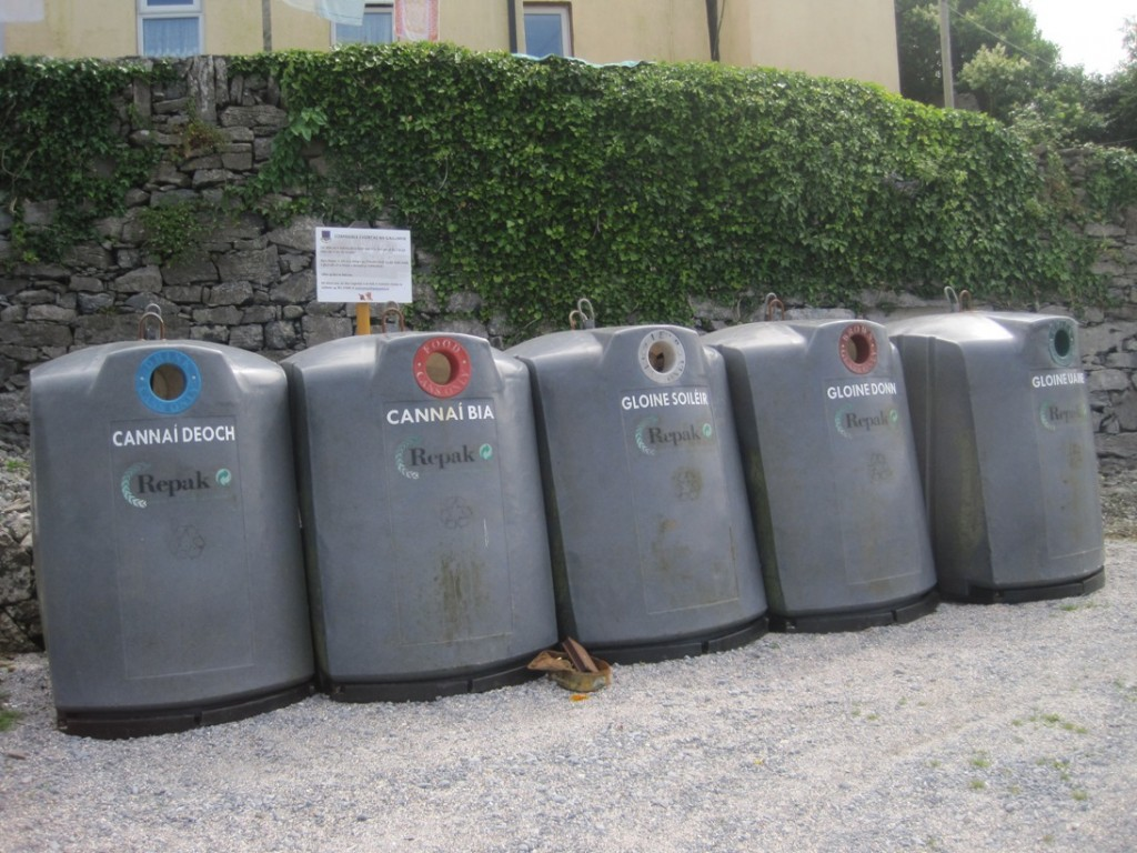 15 July 2014 Rubbish bins (2)