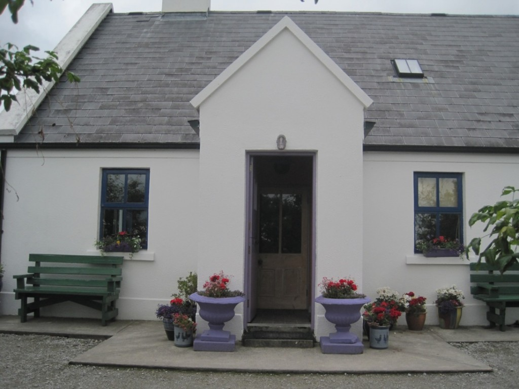 19 July 2014 Clondanagh Cottage Tulla (1)